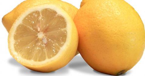 El limón para aclarar la piel